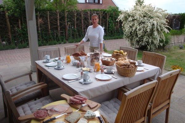 You Own A Bed And Breakfast In Southern France  Bed & breakfast in De Haan B&B Yaca