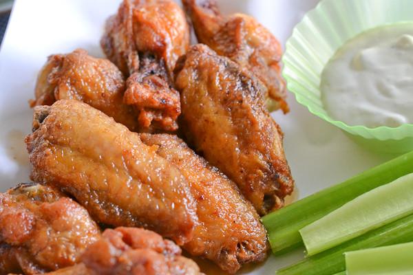 Zaxby'S Chicken Fingers & Buffalo Wings  Buffalo Chicken Wings Salu Salo Recipes