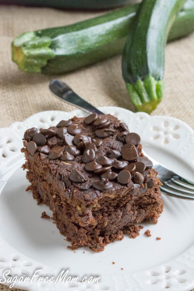 Zucchini Cake Recipes  low carb chocolate zucchini cake