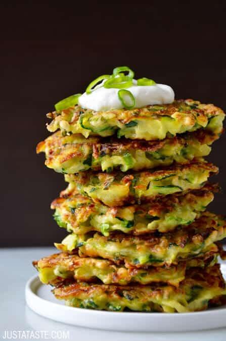 Zucchini Cakes Recipes  5 Ingre nt Zucchini Fritters