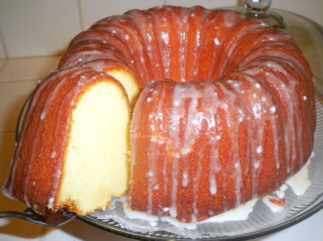 7 Up Pound Cake  Mama Harris infamous 7 Up cake