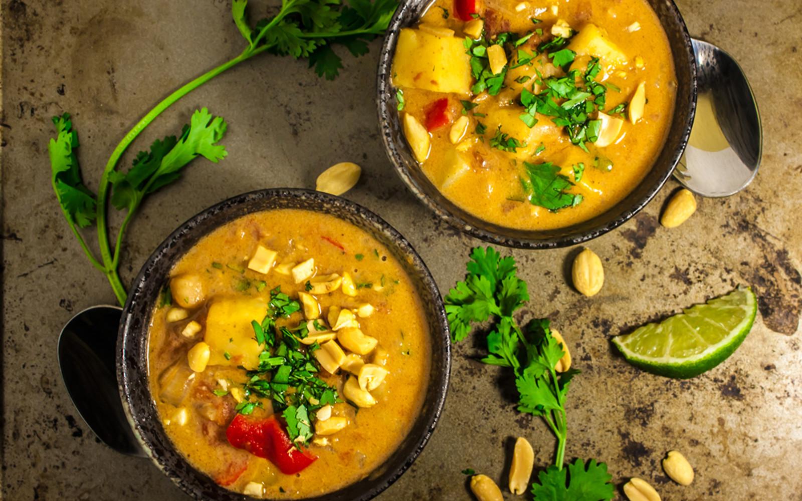 African Peanut Stew  West African Peanut Stew [Vegan Gluten Free] e Green
