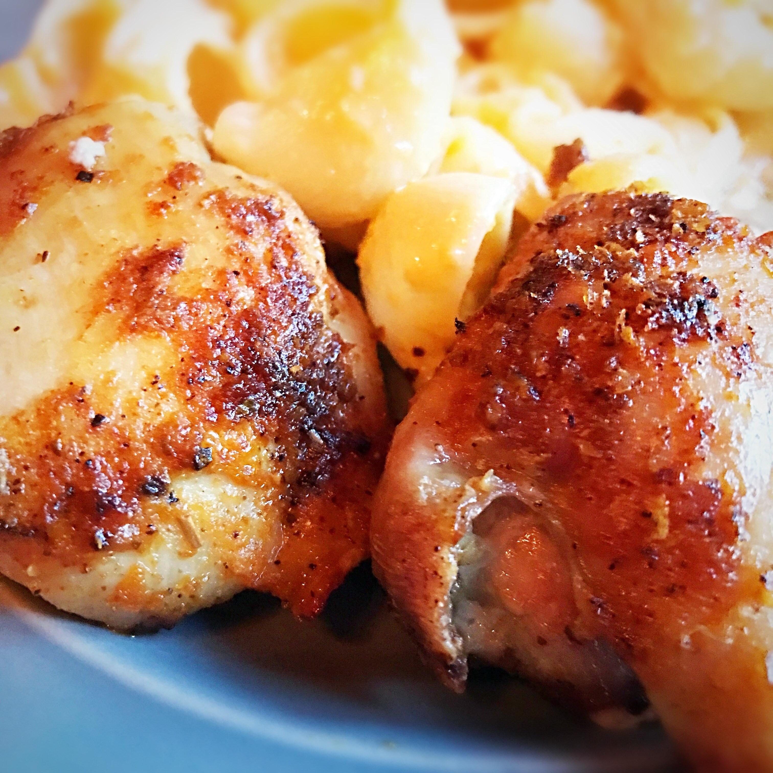"""Air Fryer Chicken Thighs  Air Fryer """"That Man's Chicken"""" Thighs 4 – 5 Smart Points"""