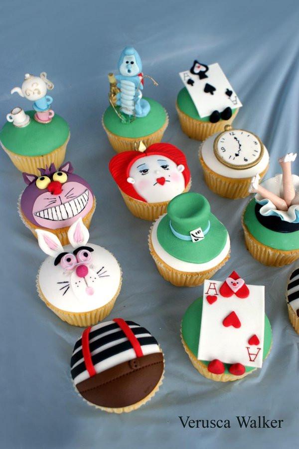 Alice In Wonderland Cupcakes  Alice in Wonderland Cupcakes by Verusca on DeviantArt