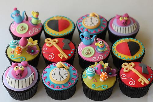 Alice In Wonderland Cupcakes  Cindy Adkins Art Books Tea Alice in Wonderland Tea