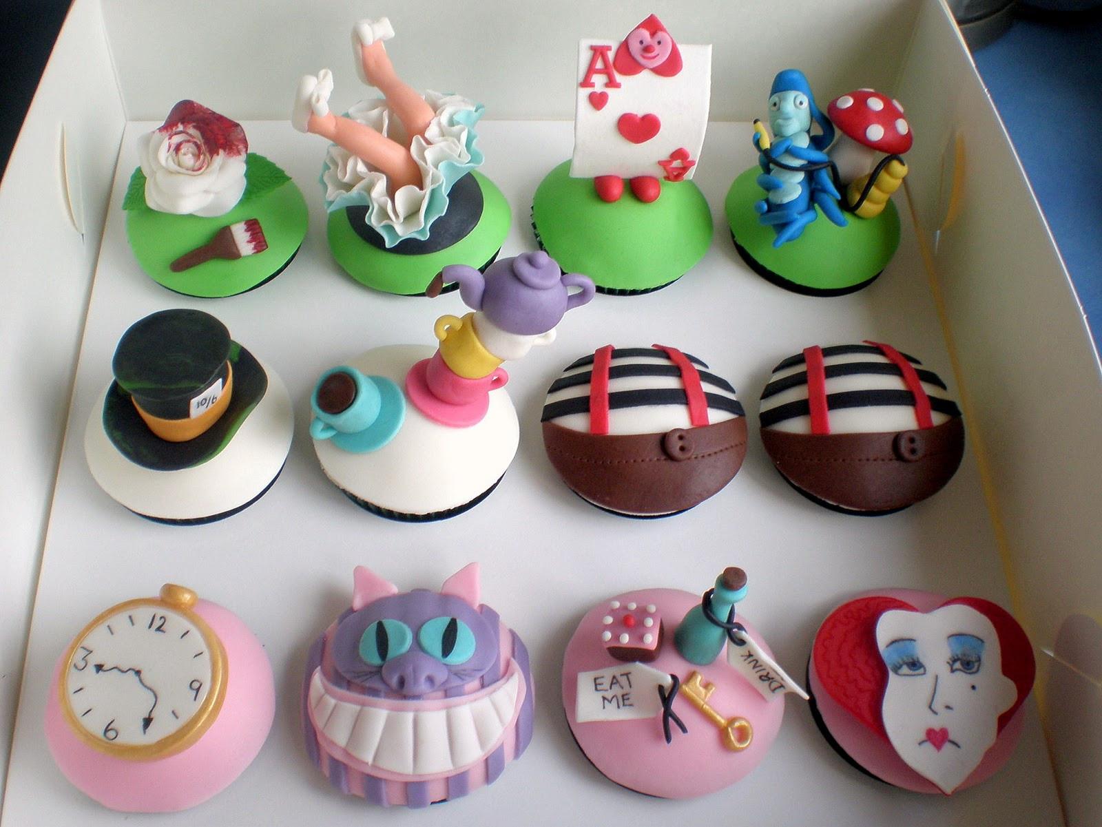 Alice In Wonderland Cupcakes  Sugar Siren Cakes Mackay Alice in Wonderland Cupcakes