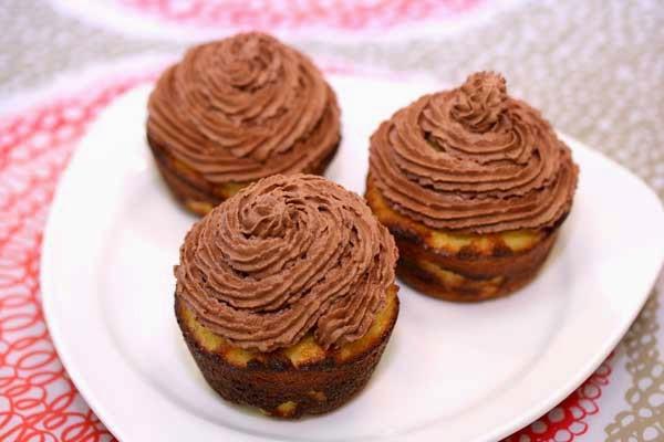 Almond Flour Cupcakes  Almond Flour Vanilla Cupcakes Recipe