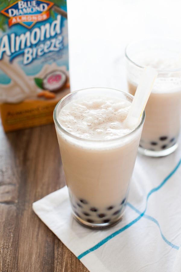 Almond Milk Smoothie Recipes  almond milk smoothie