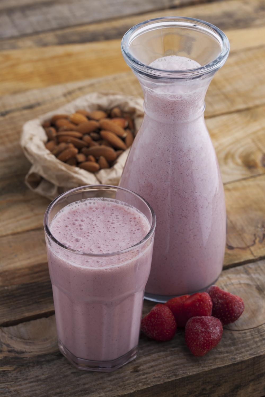 Almond Milk Smoothies  Strawberry Mango and Almond Smoothie All Nutribullet Recipes
