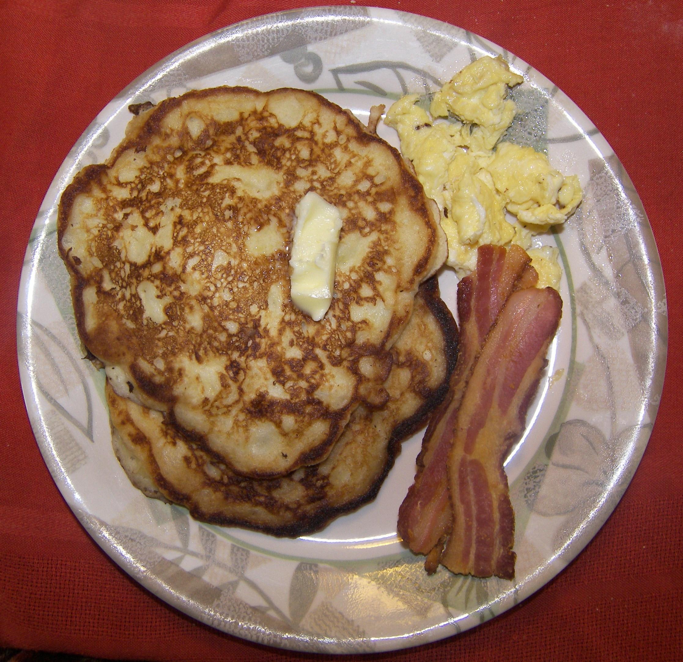 Alton Brown Pancakes  Alton Brown s Buttermilk Pancakes Eat Like No e Else