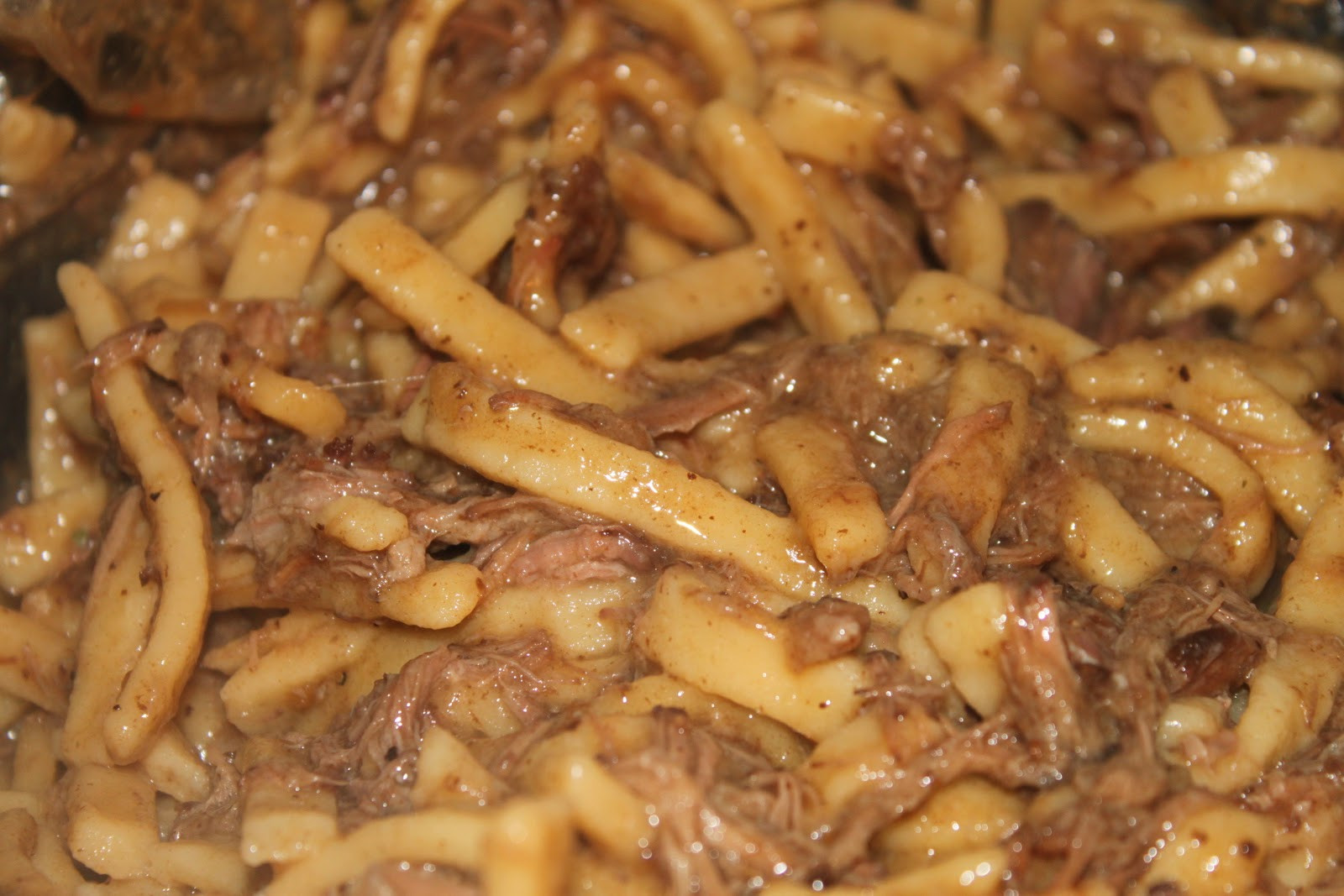 Amish Beef And Noodles  amish noodles and mashed potatoes