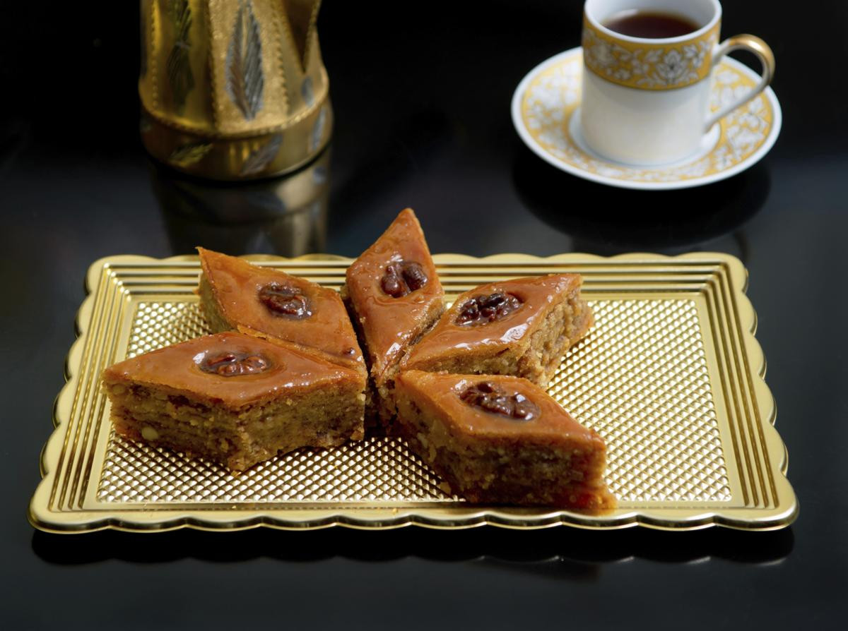 Ancient Egyptian Desserts  Exploring the Humble Culinary History of Ancient Egyptian Food