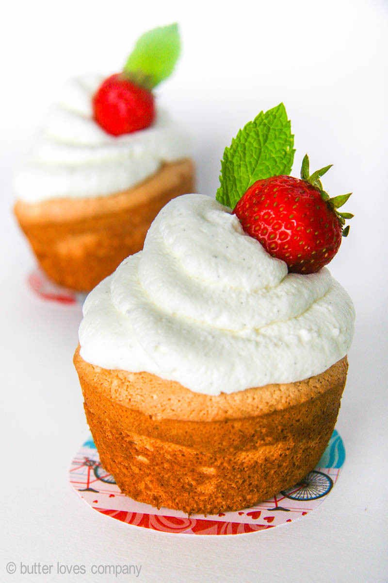 Angel Food Cake Cupcakes  angel food cupcakes with whipped cream topping