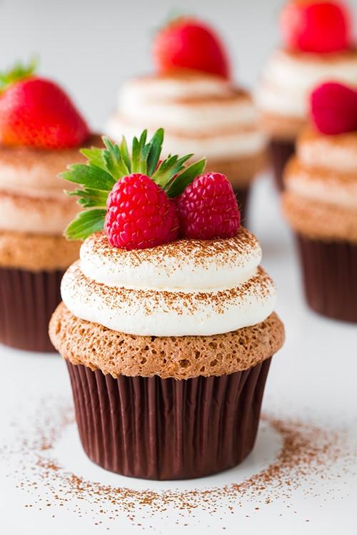 Angel Food Cake Cupcakes  Chocolate Angel Food Cupcakes with Chocolate Cream Cheese