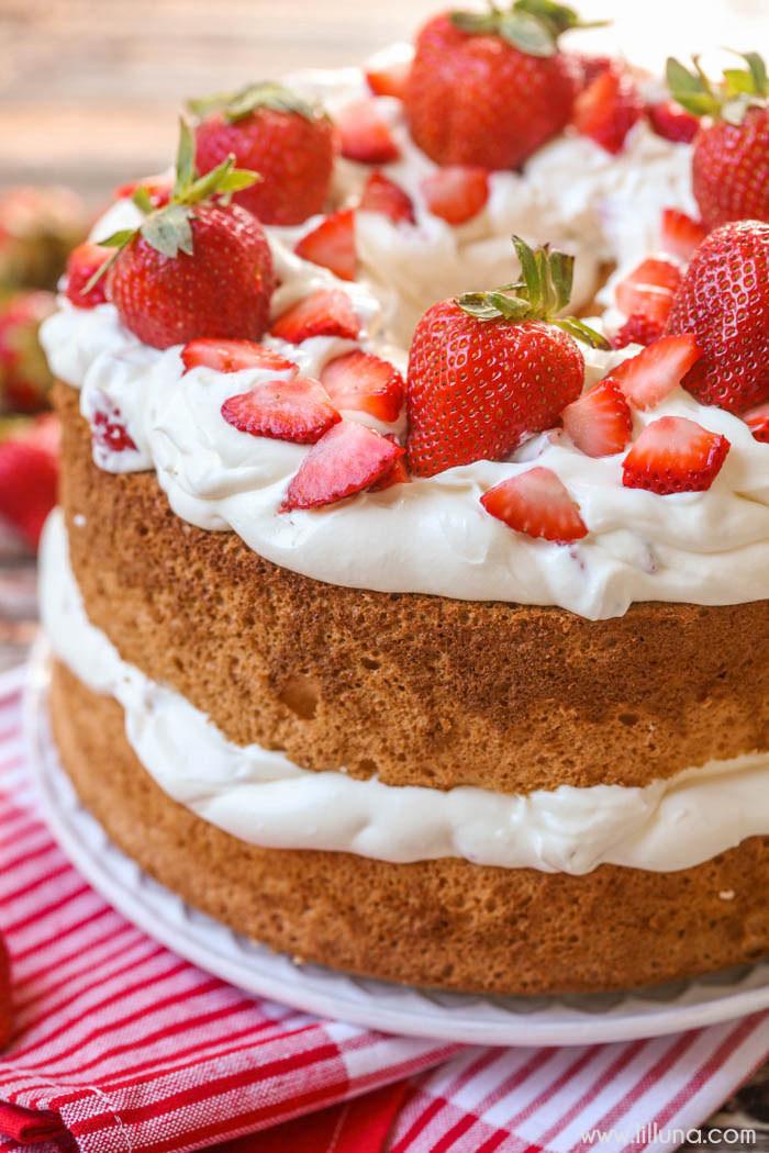 Angel Food Cake Desserts Recipes  Strawberries and Cream Angel Food Cake Breakfast