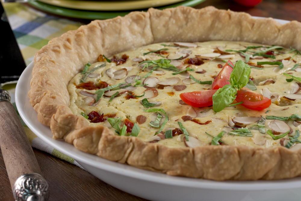 Appetizers For Potluck  Tomato Pesto Potluck Pie