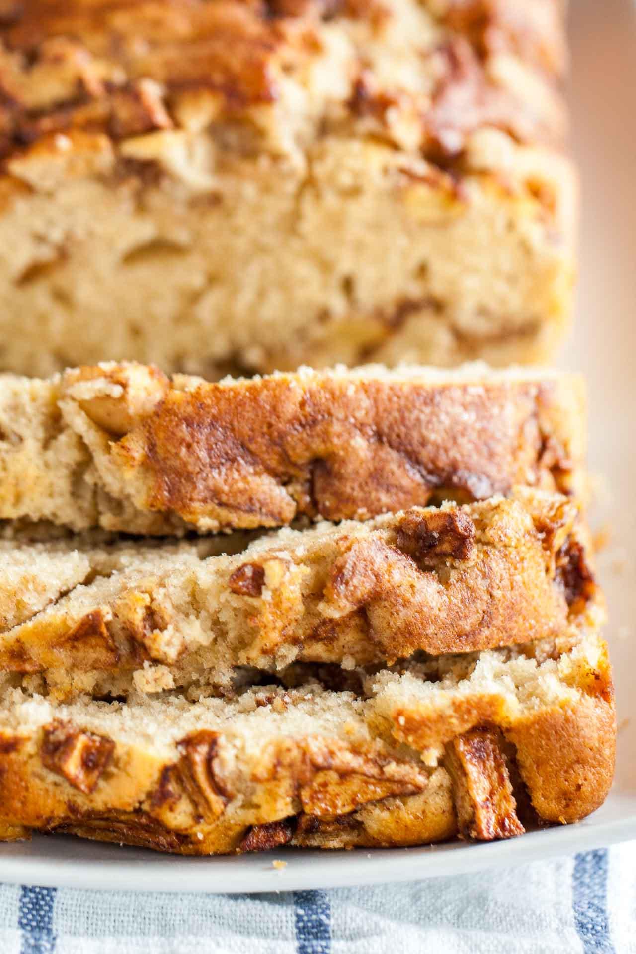 Apple Bread Recipe  Apple Cinnamon Bread Recipe An easy fall quick bread recipe