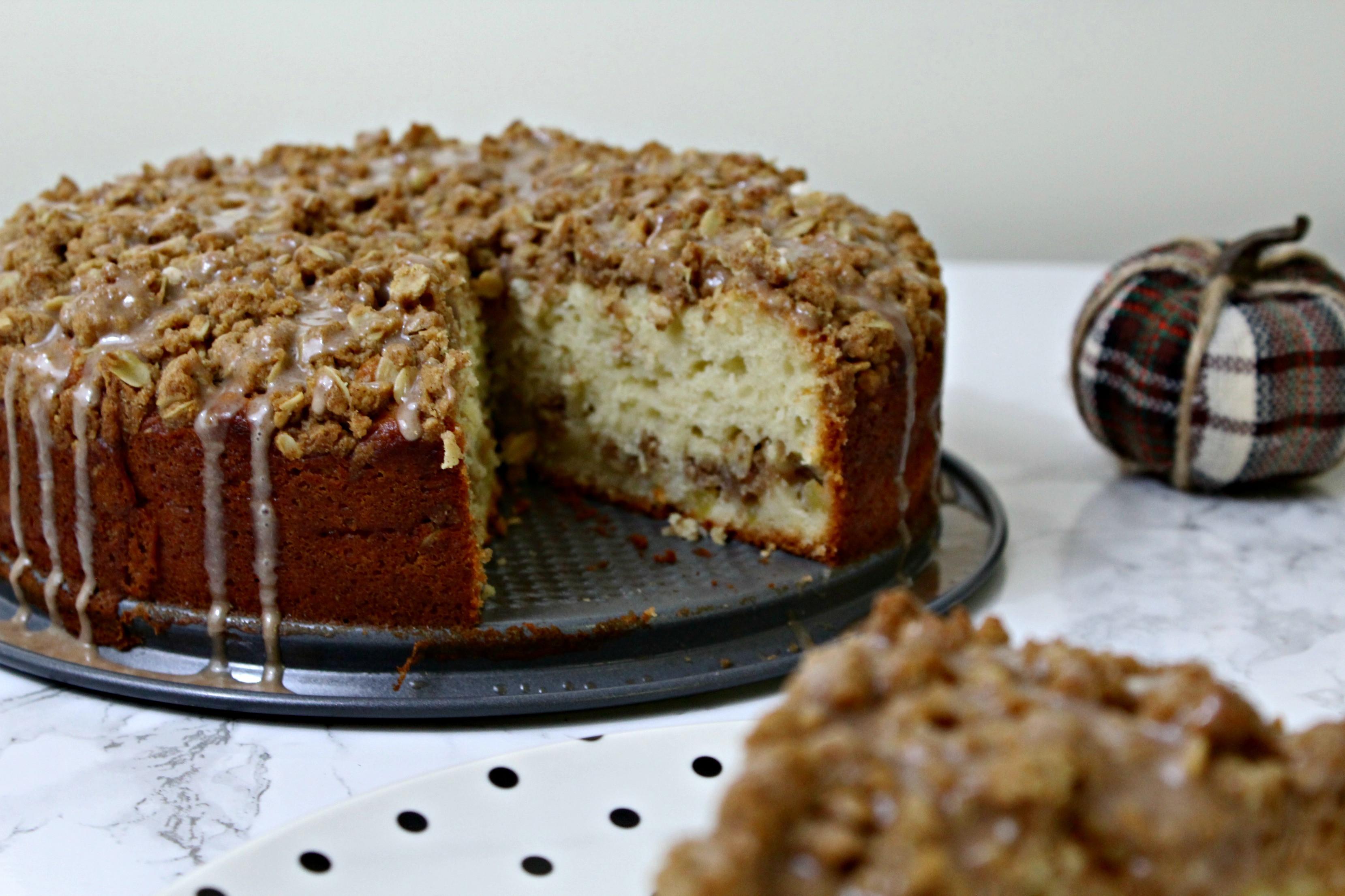 Apple Cinnamon Coffee Cake  Cinnamon Apple Coffee Cake The Ginger Bread Girl