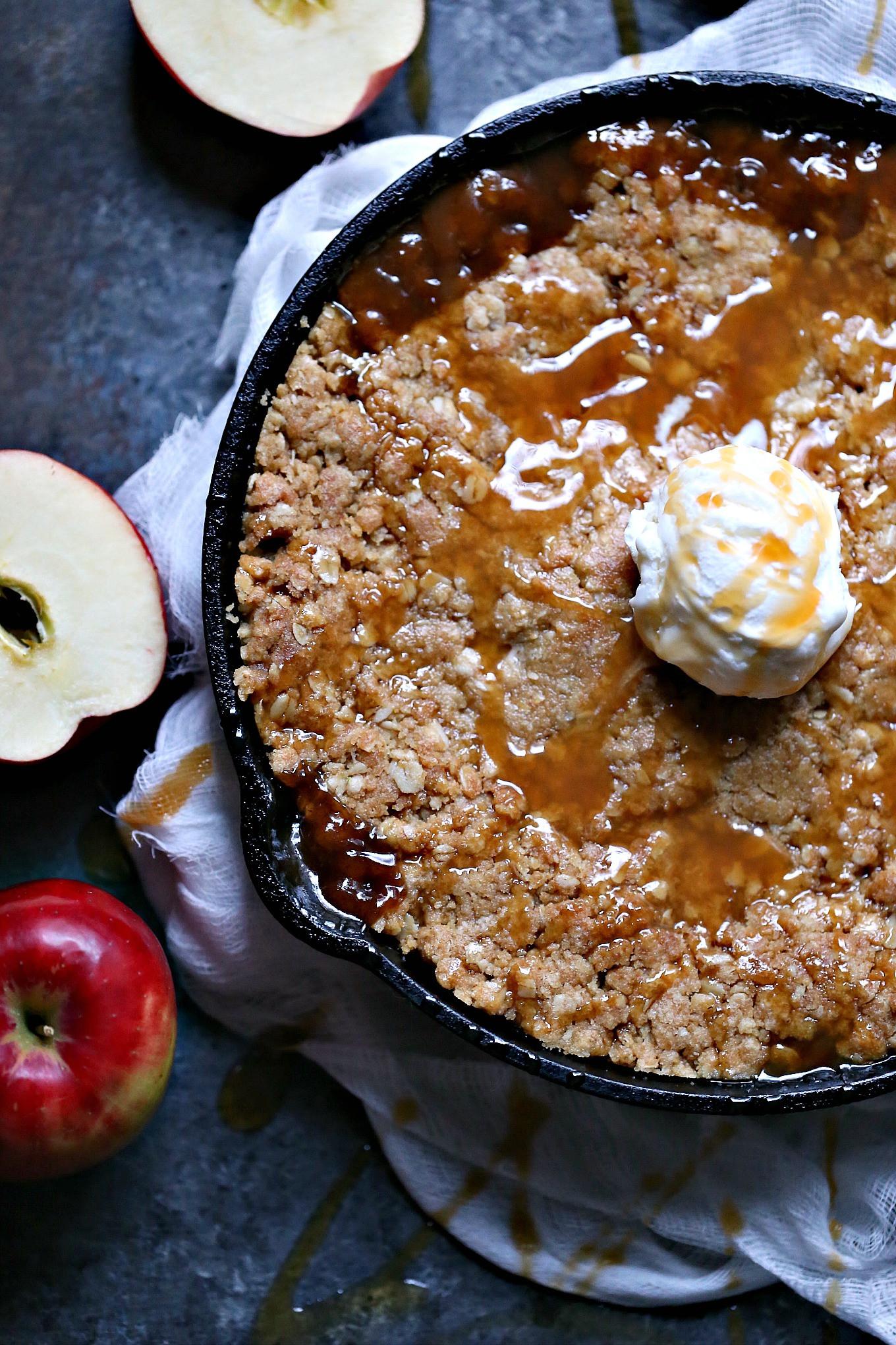 Apple Crisp Dessert  Skillet Caramel Apple Crisp