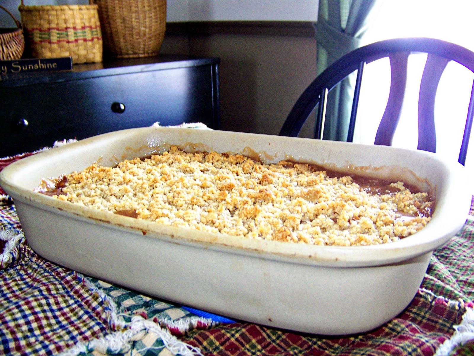Apple Crisp With Pie Filling  Farm Girl in the Suburbs Apple Crisp & Apple Pie Filling