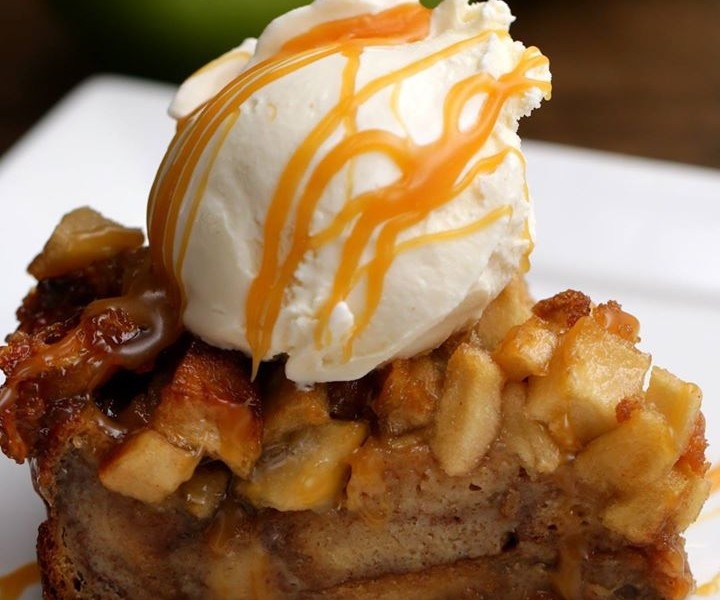 Apple Pie Bread Pudding  Monchoso Apple Pie Bread Pudding MORE TASTY