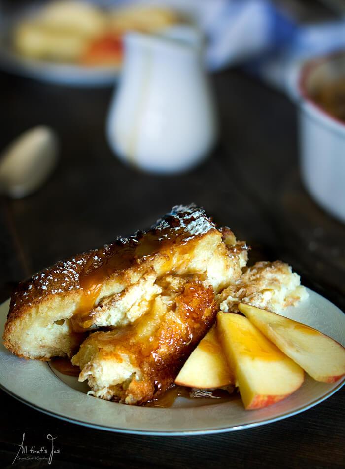 Apple Pie Bread Pudding  Caramel Apple Pie Bread Pudding