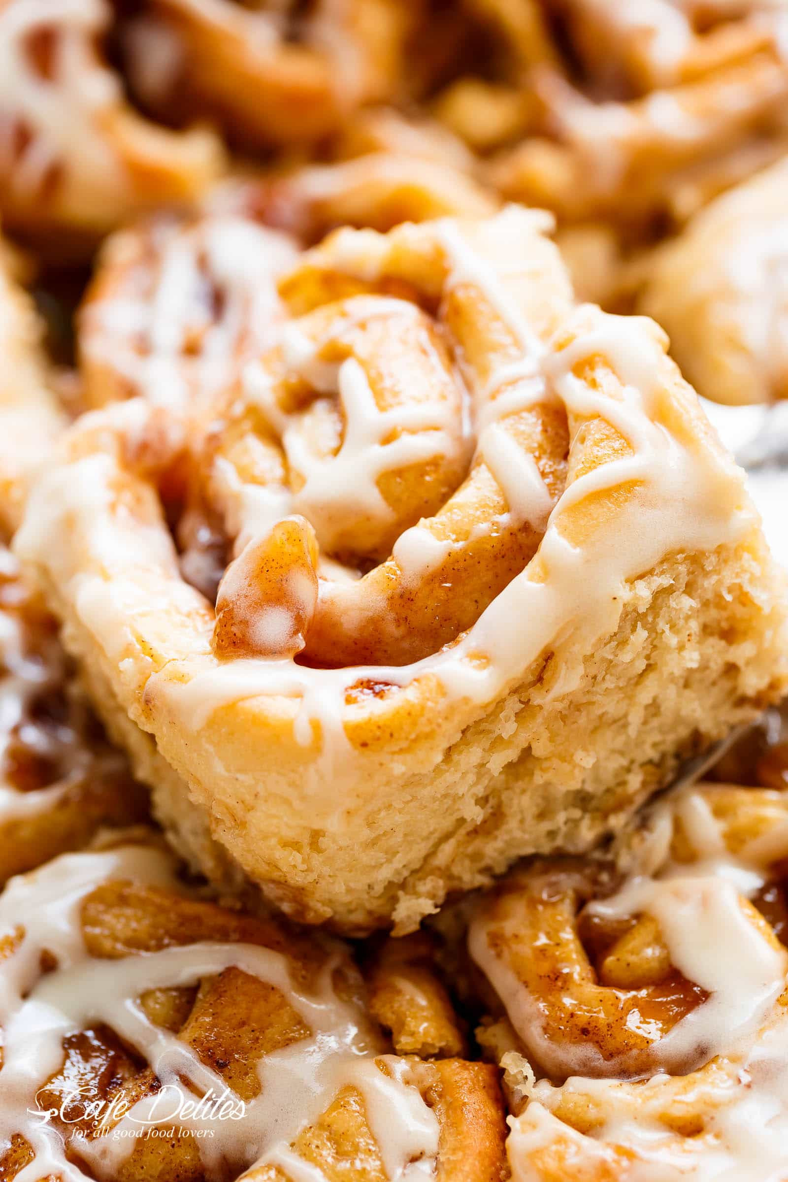 Apple Pie Cinnamon Rolls  Apple Pie Cinnamon Rolls With Cream Cheese Frosting Cafe