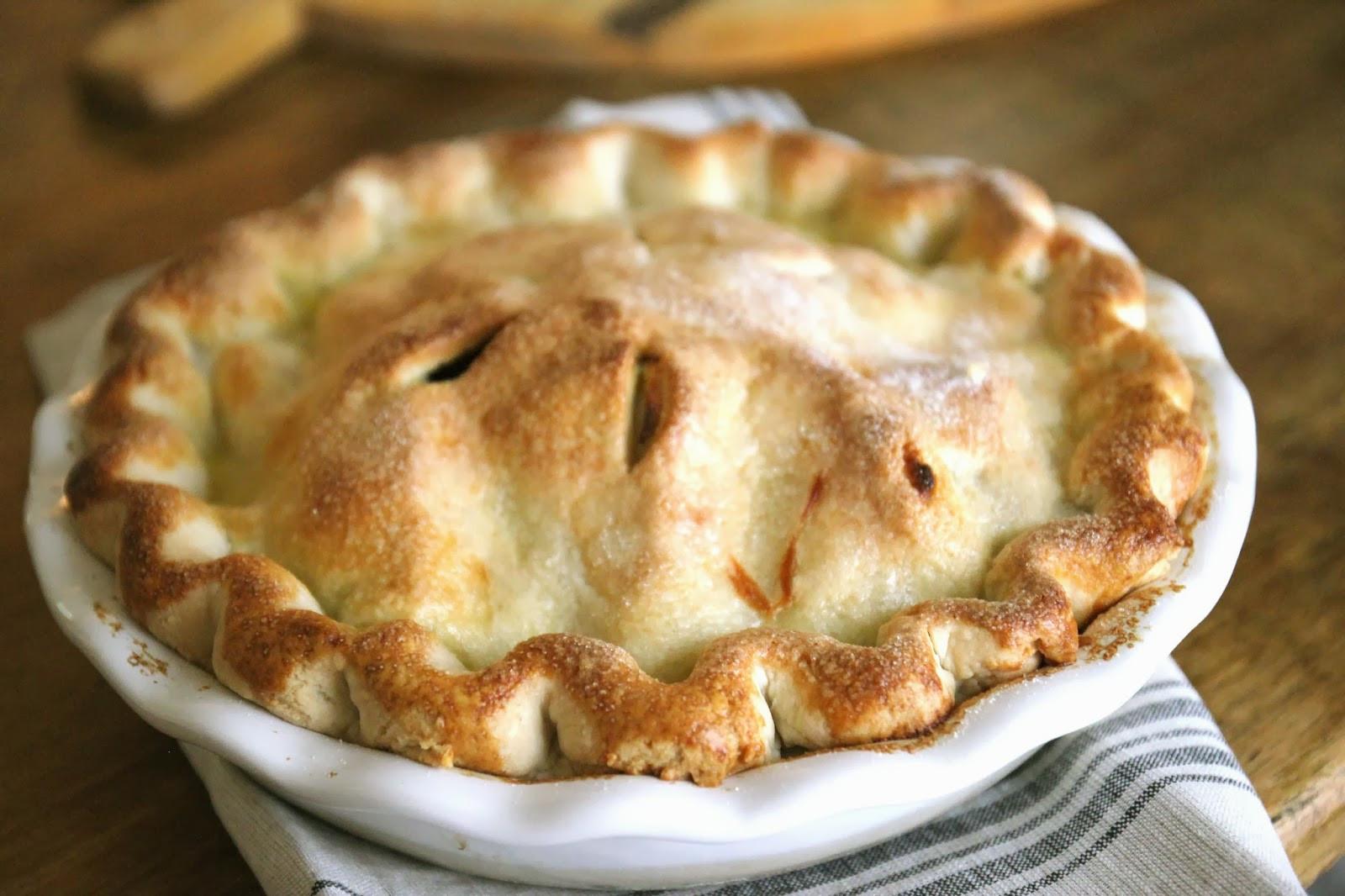 Apple Pie Dessert  Jenny Steffens Hobick Spiced Apple Pie
