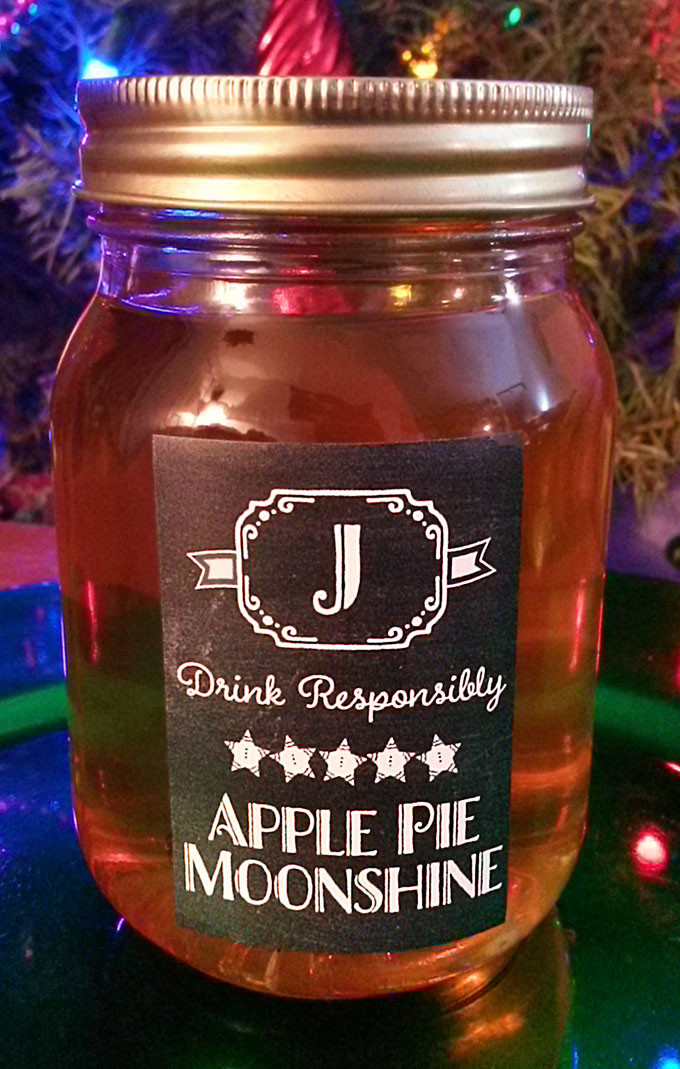 Apple Pie Moonshine Recipe  Homemade Apple Pie Moonshine