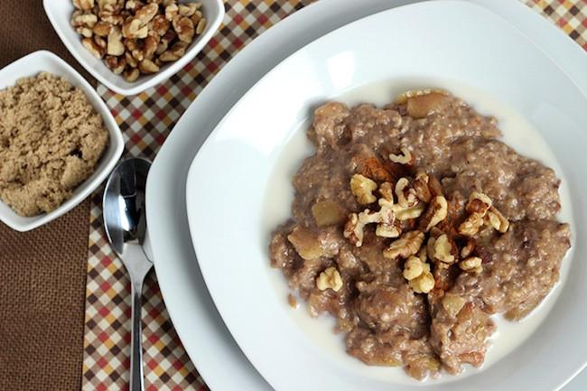 Apple Pie Oatmeal  10 Skinny Metabolism Revving Breakfasts