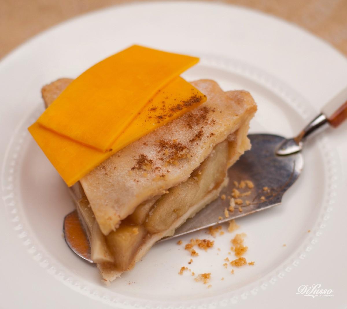 Apple Pie With Cheese  Cheddar Apple Pie Di Lusso Deli