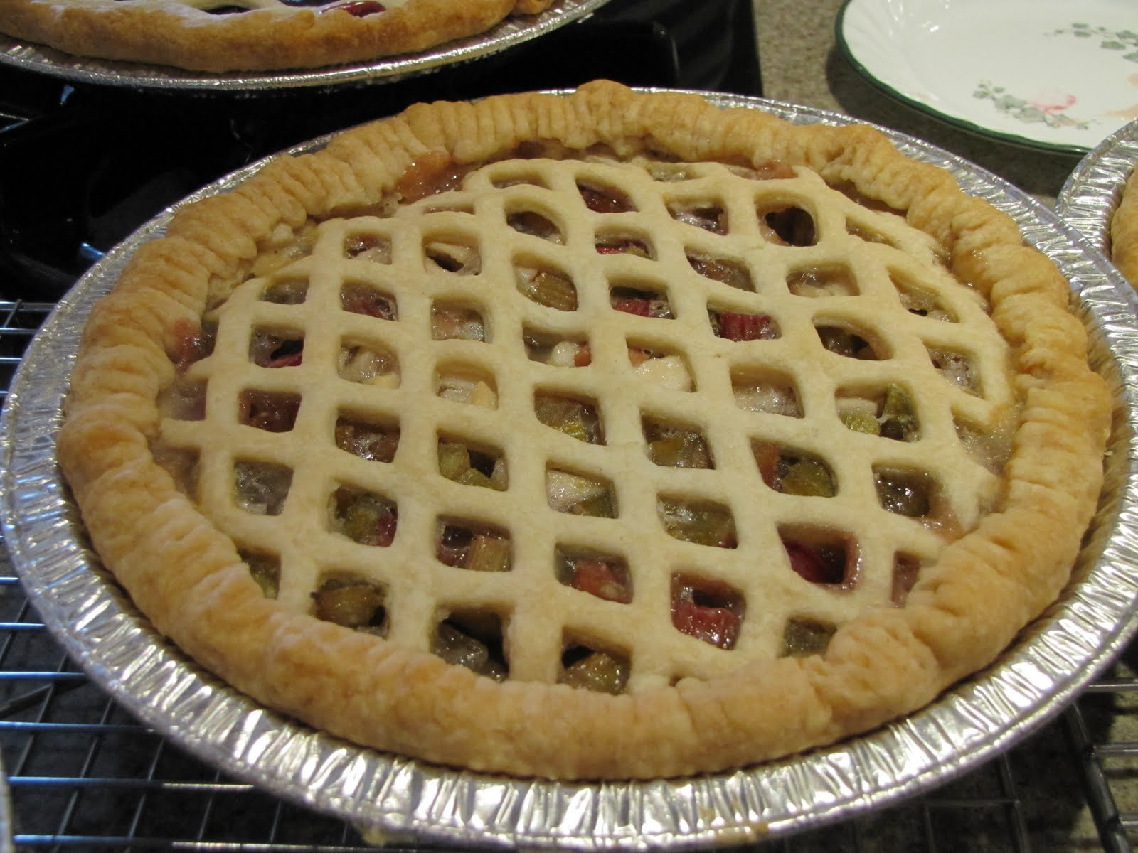 Apple Rhubarb Pie  carolynn s recipe box Apple Rhubarb Pie