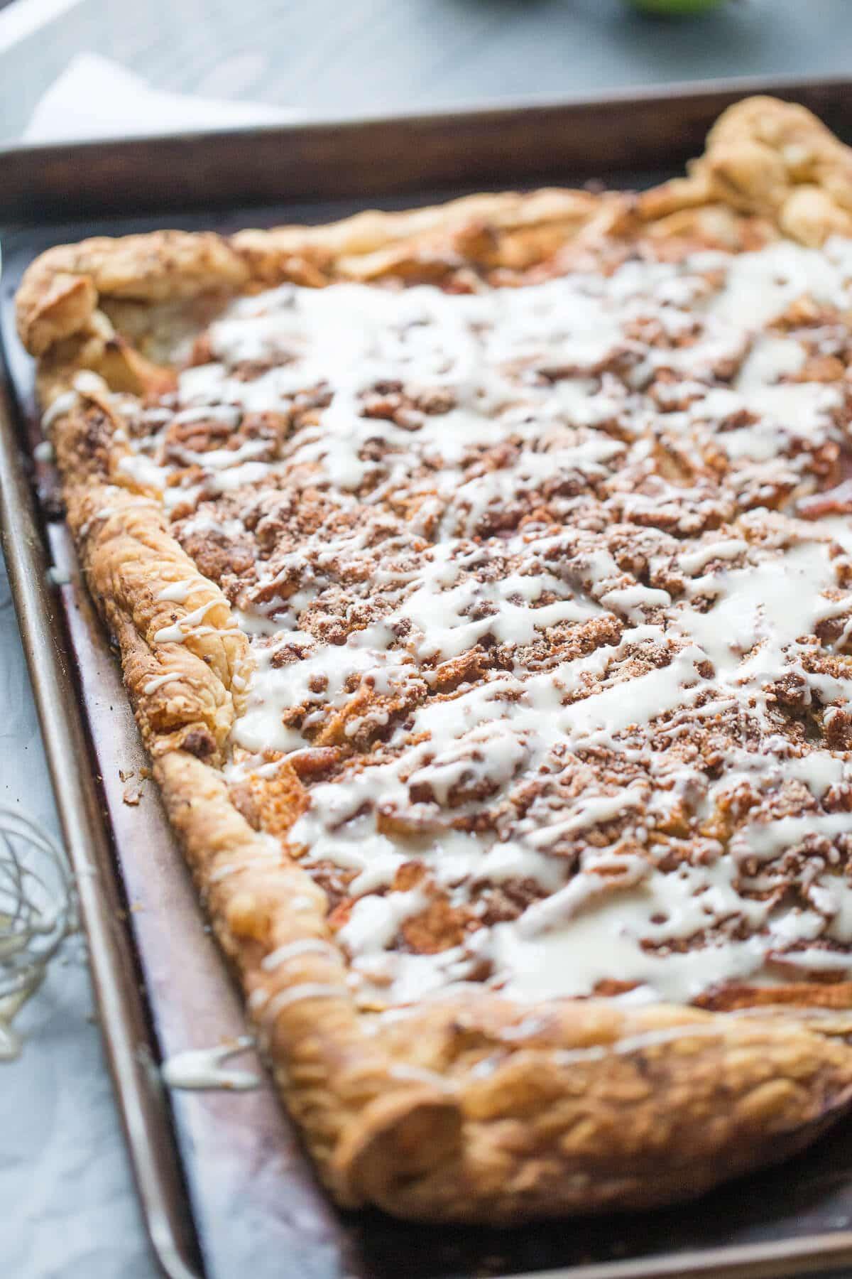 Apple Slab Pie Recipe  Snickerdoodle Apple Slab Pie LemonsforLulu