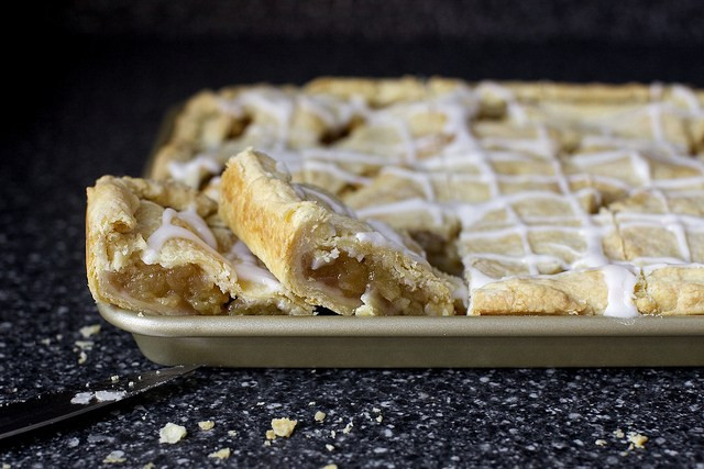 Apple Slab Pie Recipe  apple slab pie – smitten kitchen