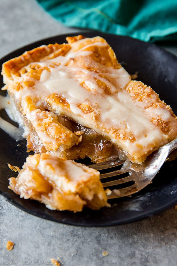 Apple Slab Pie Recipe  Deep Dish Apple Pie Sallys Baking Addiction