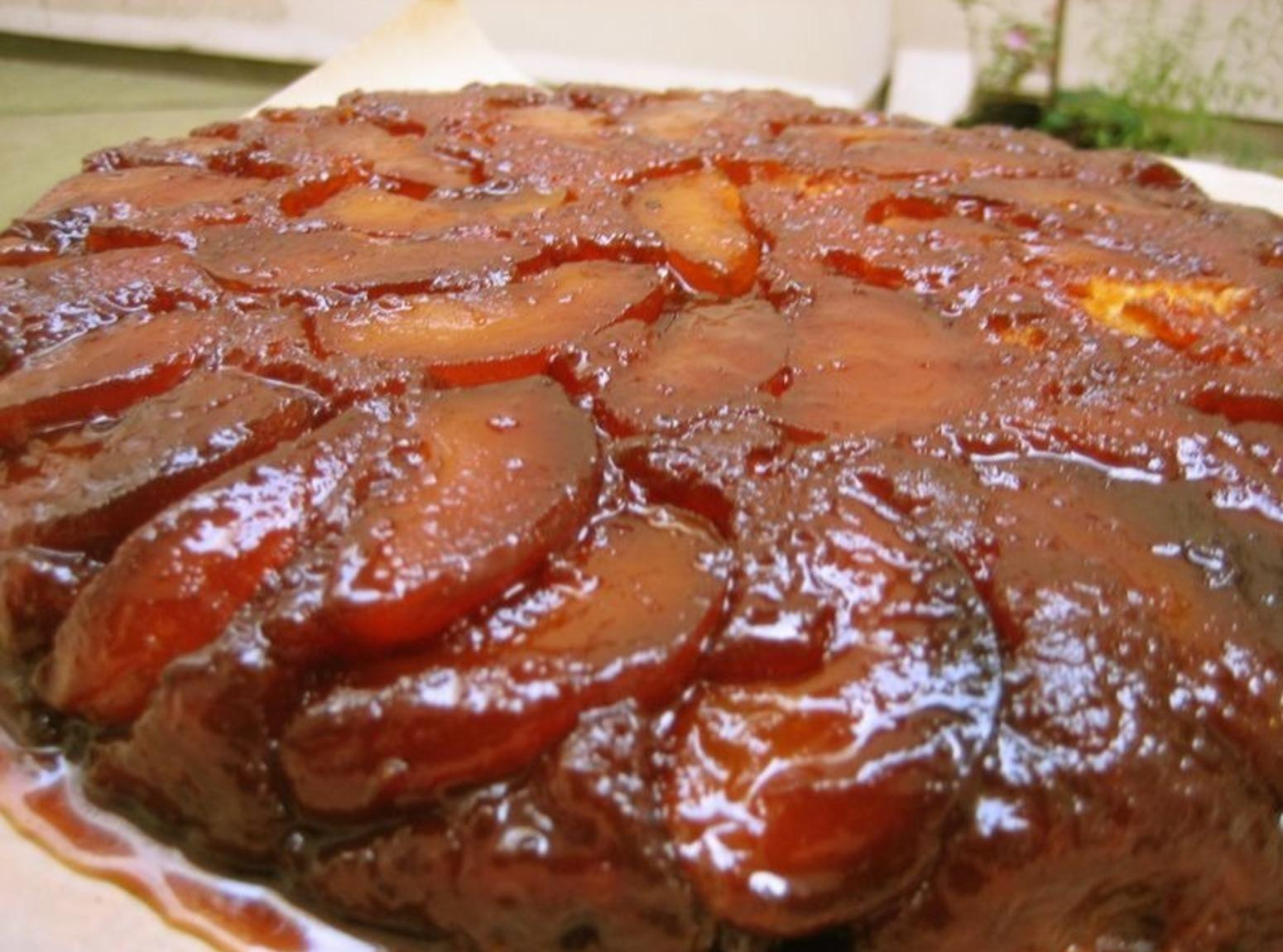 Apple Upside Down Cake  Fresh Apple Upside Down Cake Recipe