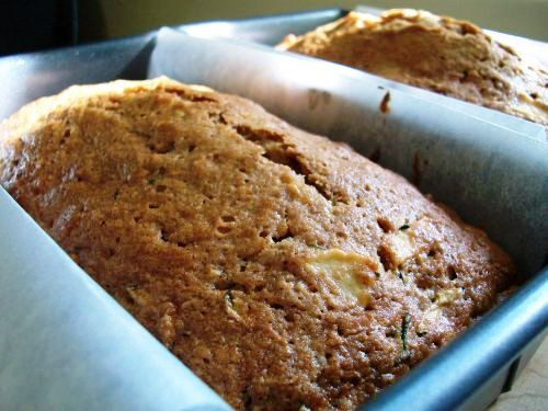 Apple Zucchini Bread  Apple Zucchini Bread