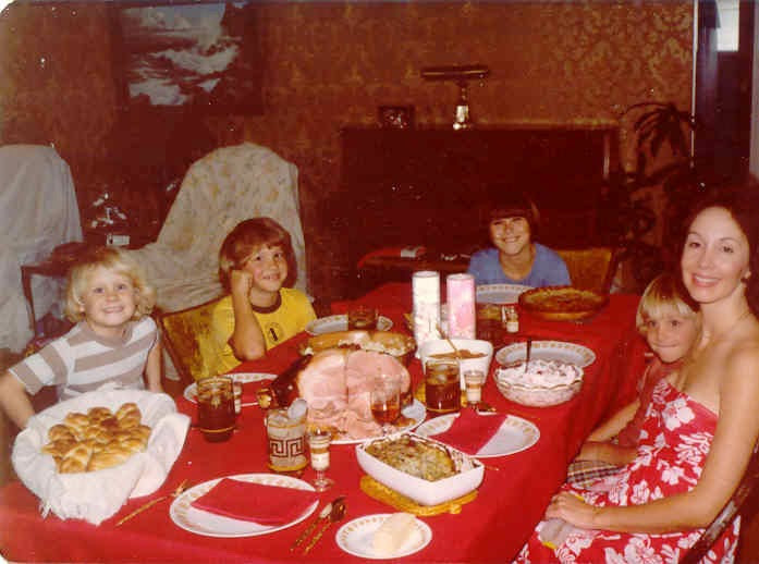 Around The Dinner Table  David D Darst – Happy Mother's Day