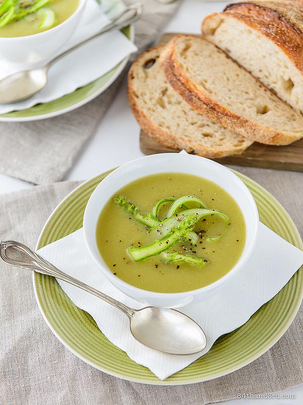 Asparagus Soup Vegan  Creamy Vegan Asparagus Soup 84th&3rd