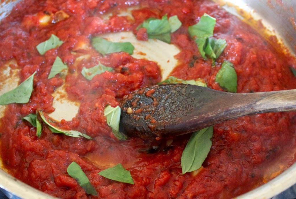 Authentic Italian Pizza Sauce Recipe  authentic italian sauce recipes