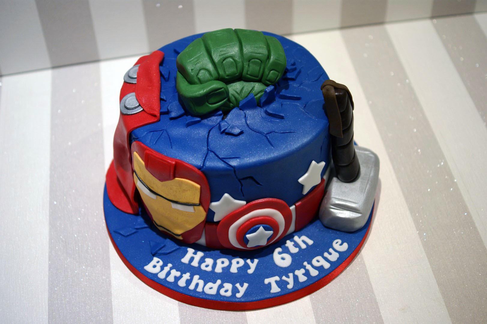 Avengers Birthday Cake  Avengers Birthday Cake Bakealous