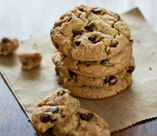 Award Winning Chocolate Chip Cookies  7 Top Rated Desserts Using Instant Pudding