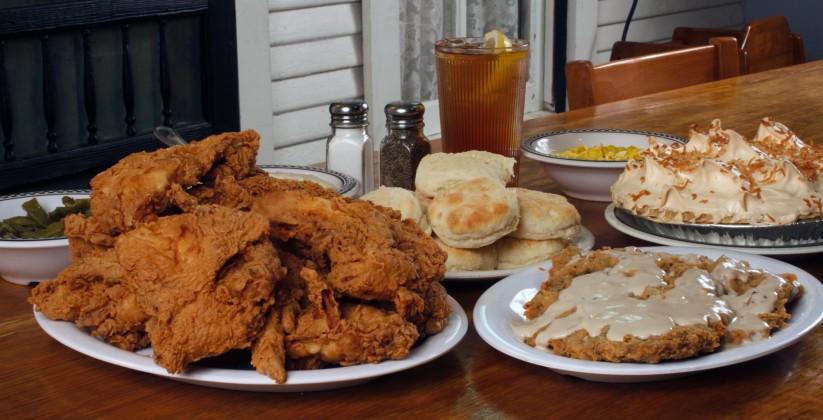 Babes Fried Chicken  Babe s Chicken Dinner House DARTable Destinations