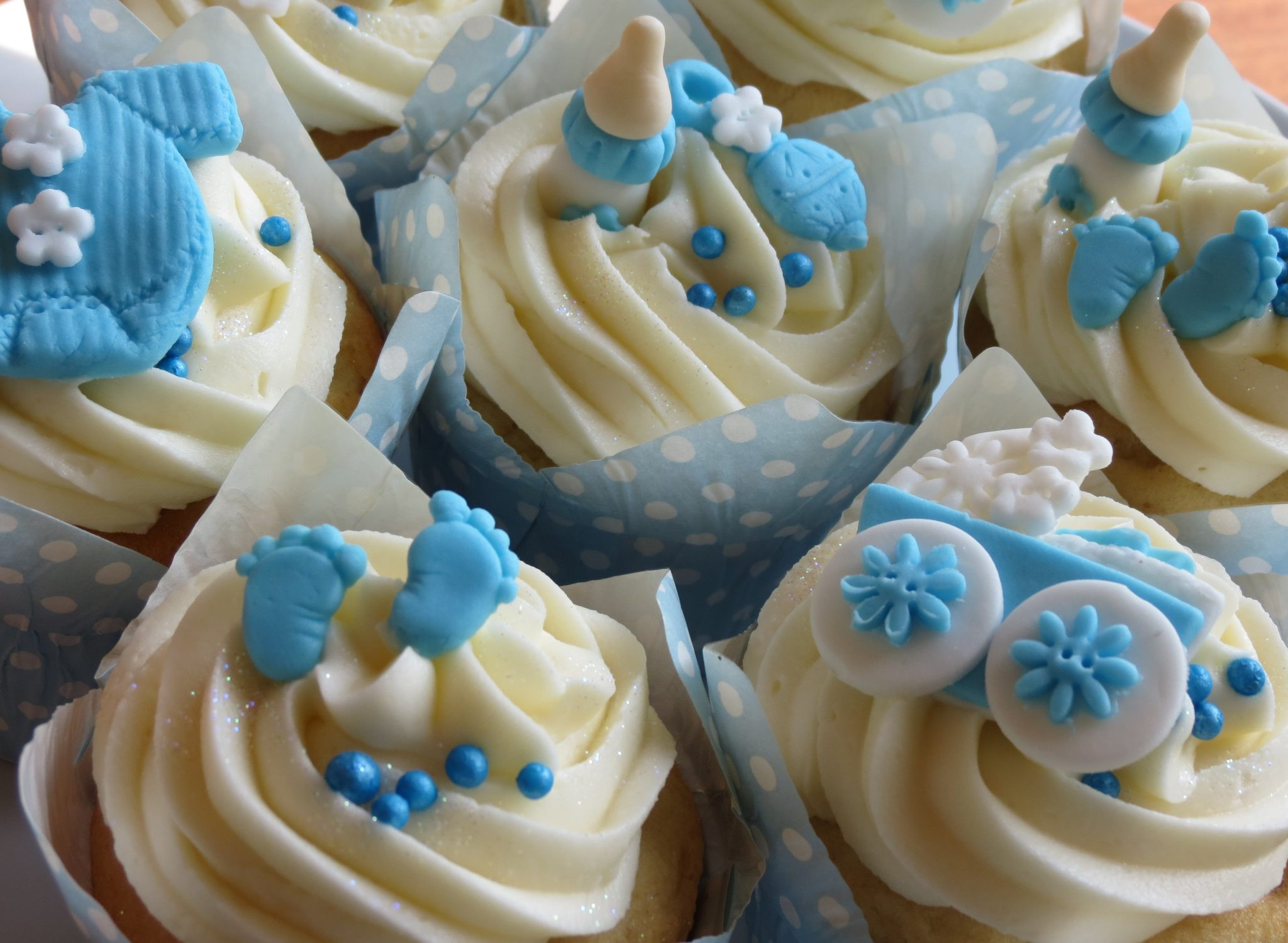 Baby Shower Cupcakes  70 Baby Shower Cakes and Cupcakes Ideas