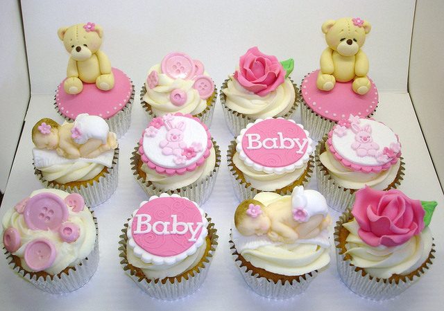 Baby Shower Cupcakes For Girls  Easy Recipes For Your Baby Shower Cupcake
