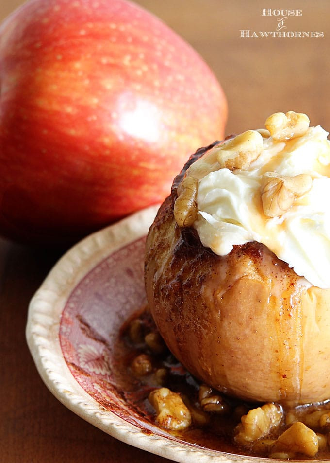 Baked Apples Dessert Recipe  Crockpot Baked Apple Recipe House of Hawthornes