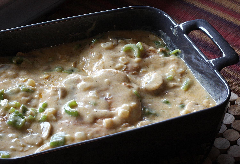 Baked Boneless Pork Chops With Cream Of Mushroom Soup  Baked Pork Chops With Mushrooms Recipe