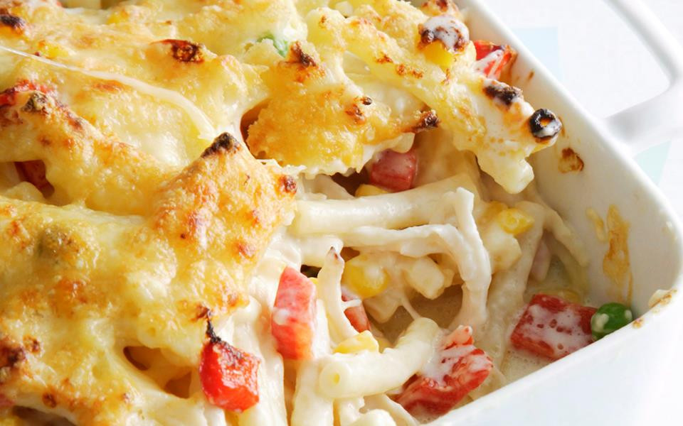 Baked Chicken Mac And Cheese  Baked chicken macaroni cheese recipe