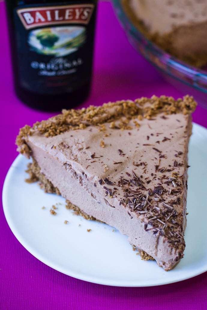 Baked Chocolate Pie  No Bake Baileys Chocolate Pie