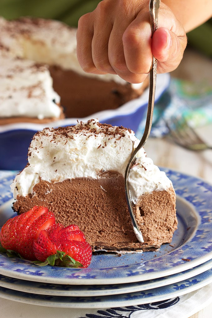 Baked Chocolate Pie  no bake chocolate mousse pie